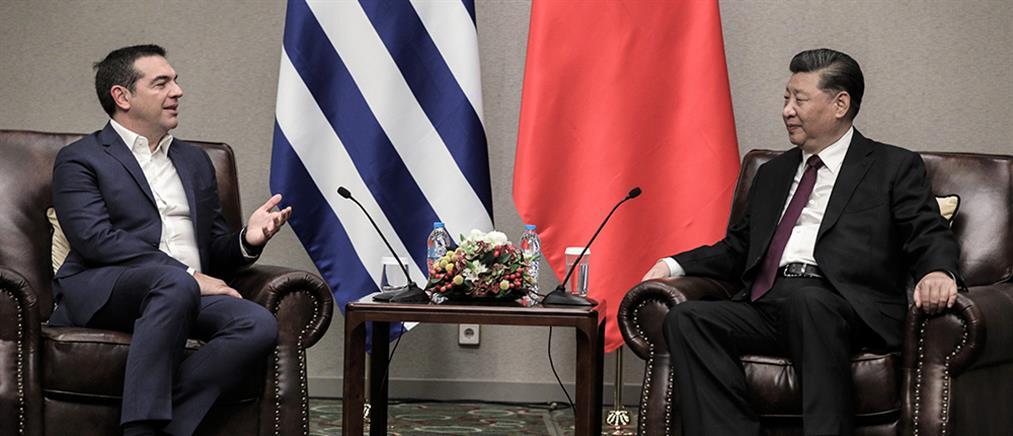 Ο Σι Τζινπίνγκ προσκάλεσε τον Αλέξη Τσίπρα στην Κίνα