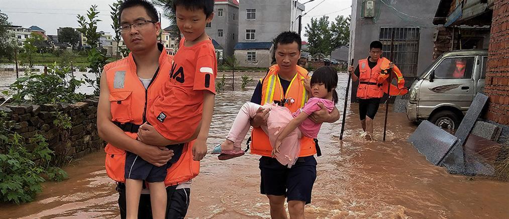 Φονικές πλημμύρες στη νότια Κίνα (βίντεο)