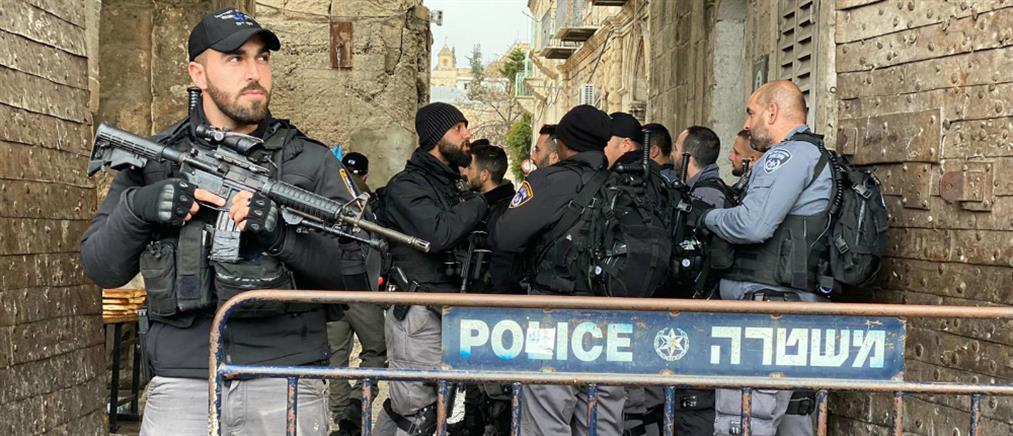 Νεκρός Παλαιστίνιος που απείλησε με μαχαίρι Ισραηλινούς αστυνομικούς (βίντεο)