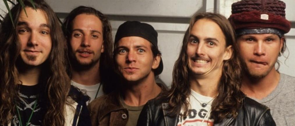 Pearl Jam: φόρος τιμής σε θαυμαστές που σκοτώθηκαν σε συναυλία τους