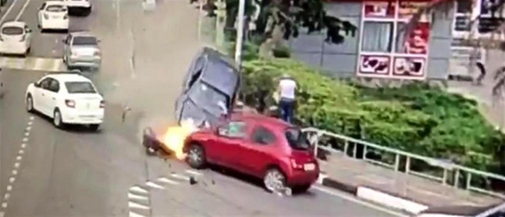 Αυτοκίνητο παρέσυρε πεζούς στη Ρωσία (εικόνες)