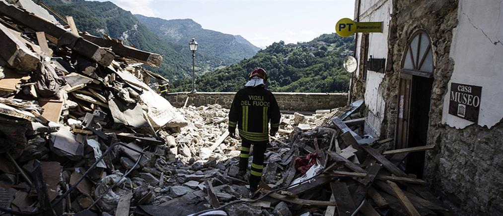 Θρήνος, τρόμος και συνεχείς μετασεισμοί στην Ιταλία