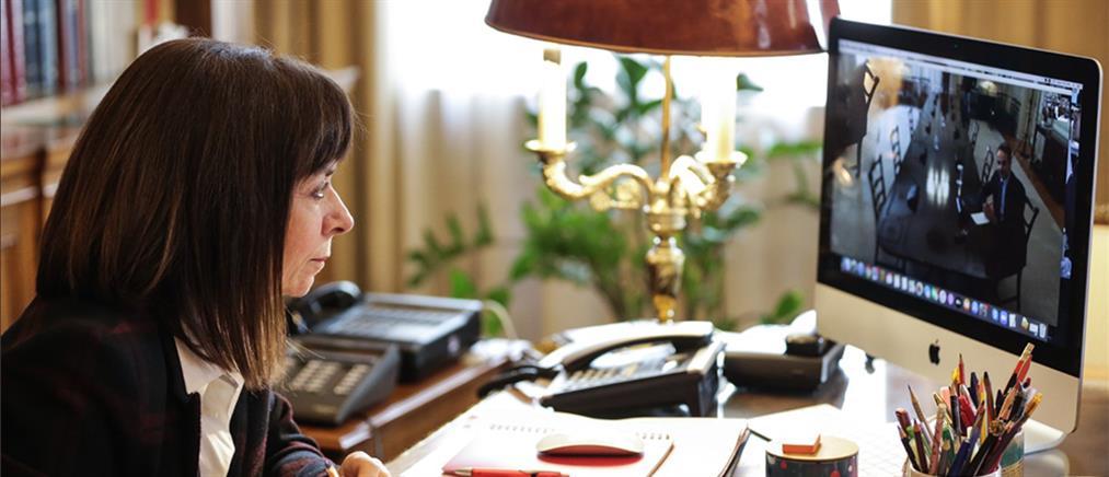 Μητσοτάκης σε ΠτΔ: Στόχος να γίνει με μεγάλη ταχύτητα η επανεκκίνηση της οικονομίας