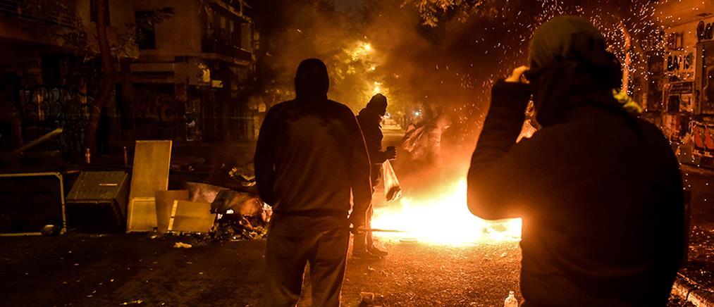 Εξάρχεια: επίθεση αντιεξουσιαστών σε διμοιρία των ΜΑΤ