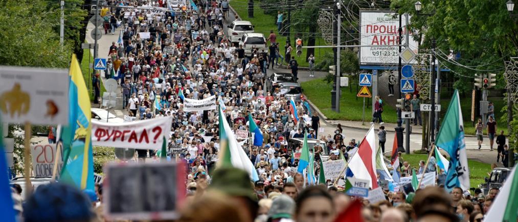 Λευκορωσία: Αυξάνονται οι πιέσεις για νέες εκλογές (εικόνες)