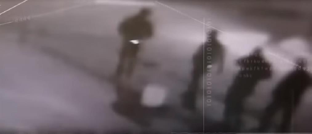 Έγκλημα στη Βάρη: στη δημοσιότητα οι πρώτες εικόνες των δραστών
