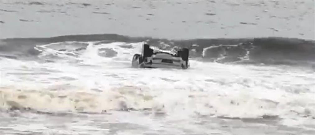 Τραγωδία στη Σαλαμίνα: αυτοκίνητο έπεσε στη θάλασσα