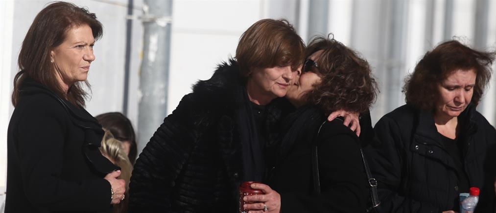 Δολοφονία Τοπαλούδη: Ξέσπασε η μητέρα όταν είδε τους κατηγορούμενους