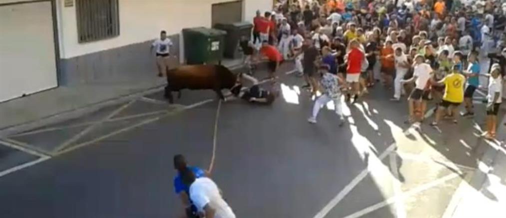 Νεκρός από επίθεση ταύρου σε φεστιβάλ (βίντεο)