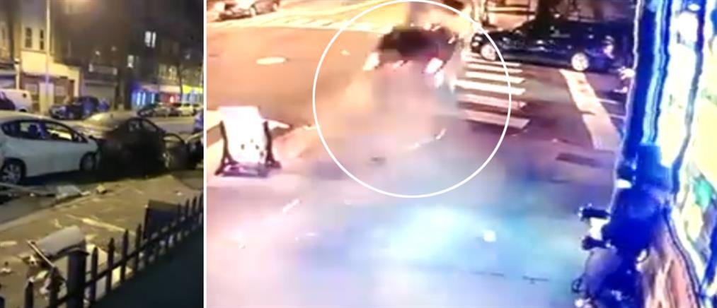 Πεζός σώζεται για δευτερόλεπτα από μεθυσμένο οδηγό (βίντεο)