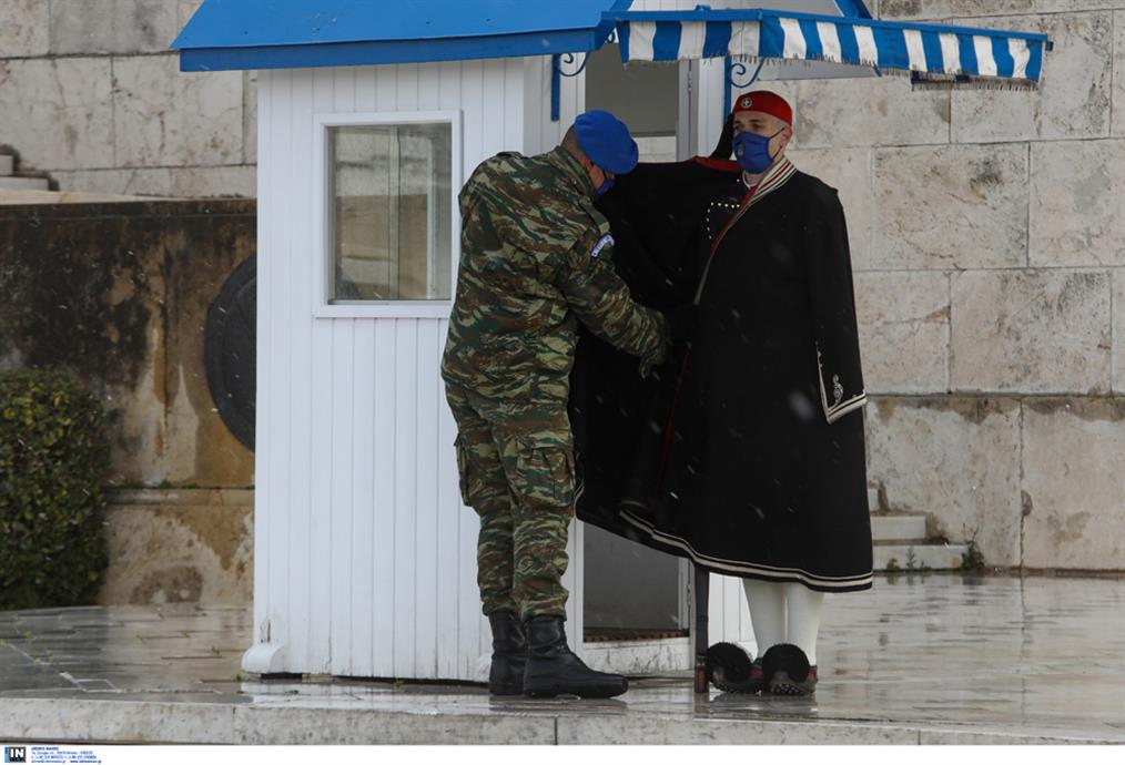 χιόνια - Αθήνα - Εύζωνοι