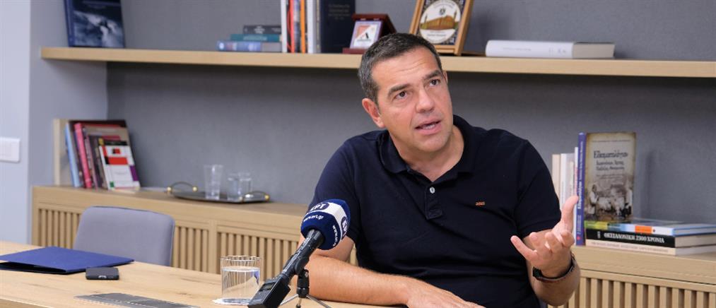 Τσίπρας: Δέσμευση για κατάργηση της ελάχιστης βάσης εισαγωγής στα ΑΕΙ