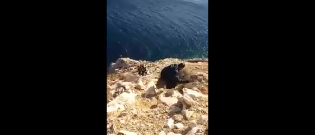 Βίντεο από την διάσωση 34χρονου που έπεσε σε γκρεμό στην Χίο