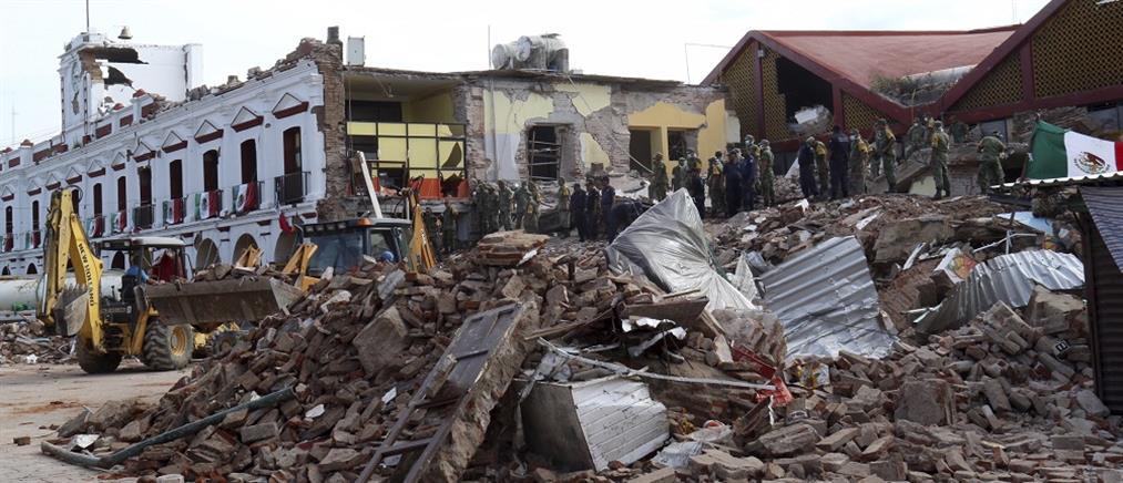 Θρήνος στα συντρίμμια του ισχυρότερου σεισμού του αιώνα στο Μεξικό