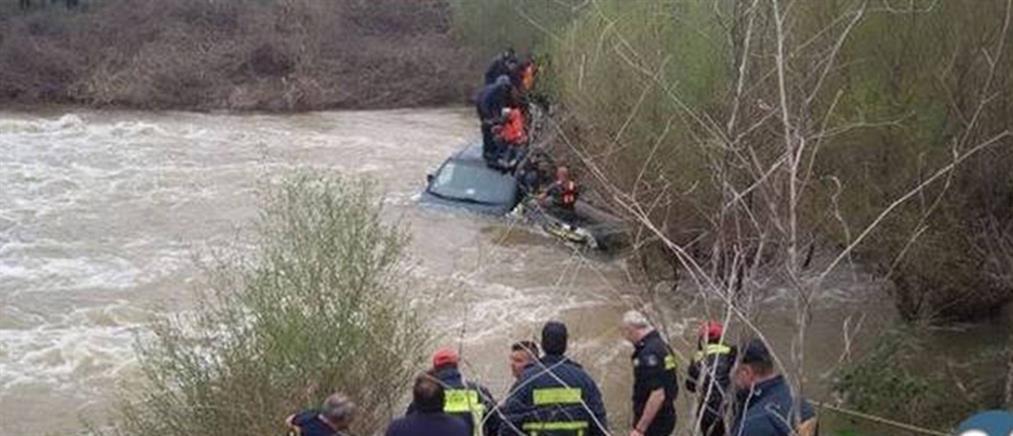 Επιχείρηση διάσωσης μεταναστών που έπεσαν στον Έβρο (βίντεο)