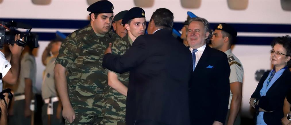 Ζουράρις: απαράδεκτη και υπερβολική η υποδοχή των δυο Ελλήνων στρατιωτικών