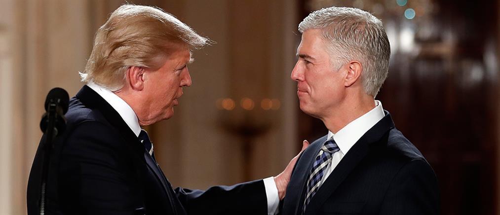 Συντηρητικό δικαστή επέλεξε ο Τραμπ για το Ανώτατο Δικαστήριο