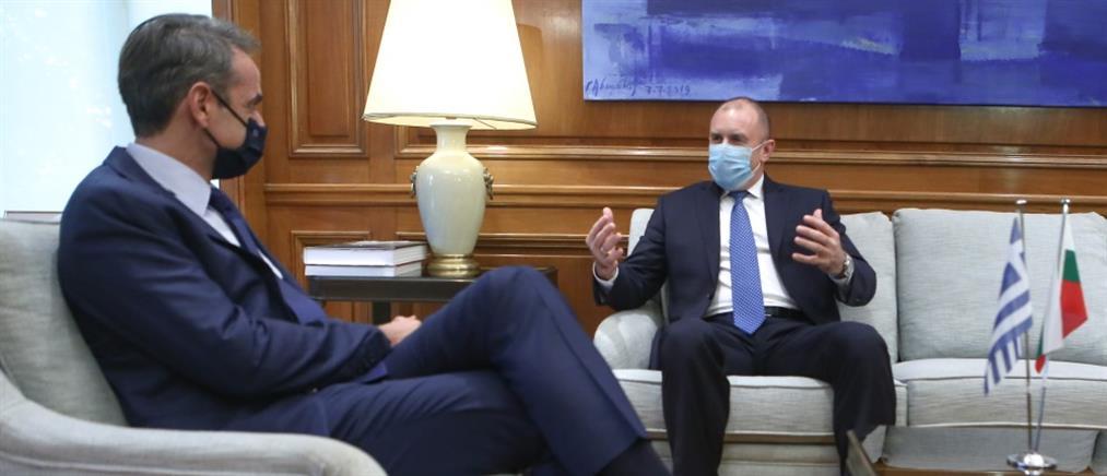 Μητσοτάκης και Ράντεφ συζήτησαν για τις τουρκικές προκλήσεις