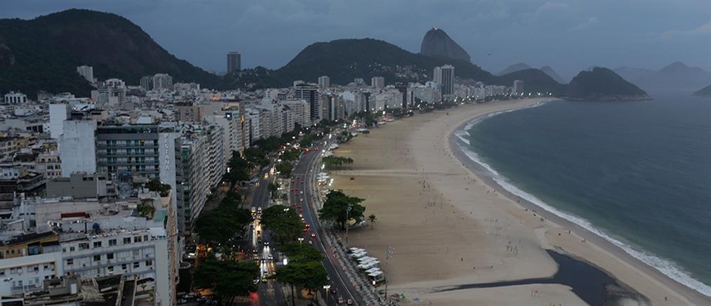 Βραζιλία: Διαφορετική η Πρωτοχρονιά στην Κοπακαμπάνα (εικόνες)
