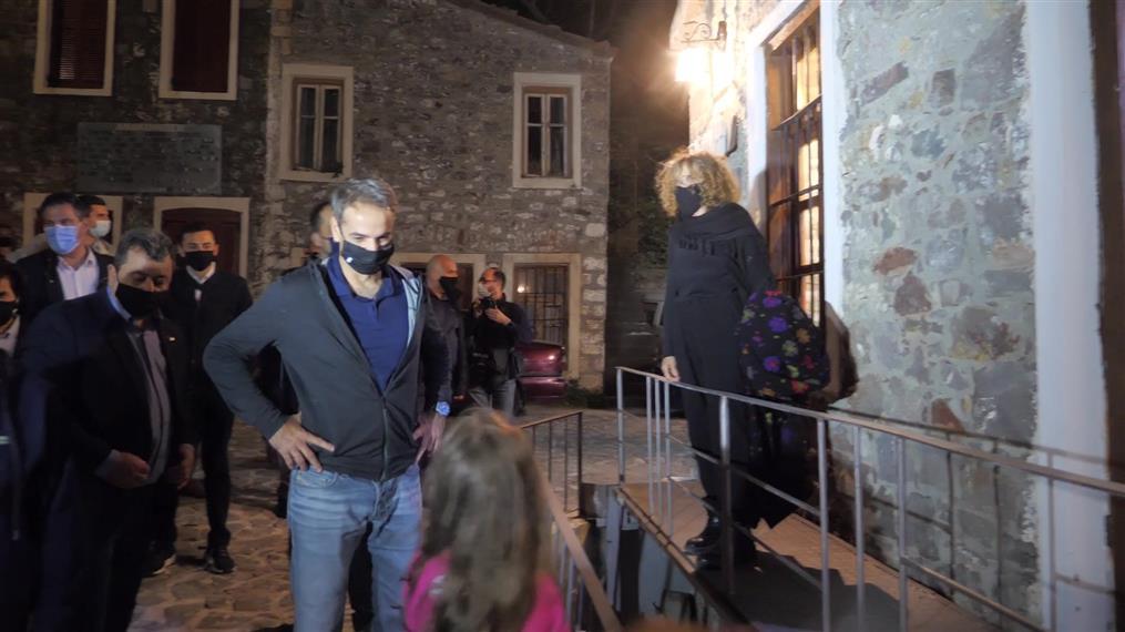Σαμοθράκη: Επίσκεψη Μητσοτάκη στο Κάστρο