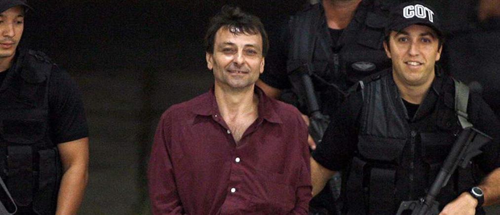 Ο Τσέζαρε Μπατίστι εκδόθηκε στην Ιταλία