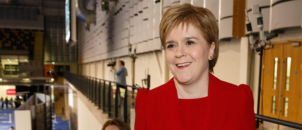 """Ανεξαρτησία της Σκωτίας μέχρι το 2025 """"βλέπει"""" η Στέρτζον"""