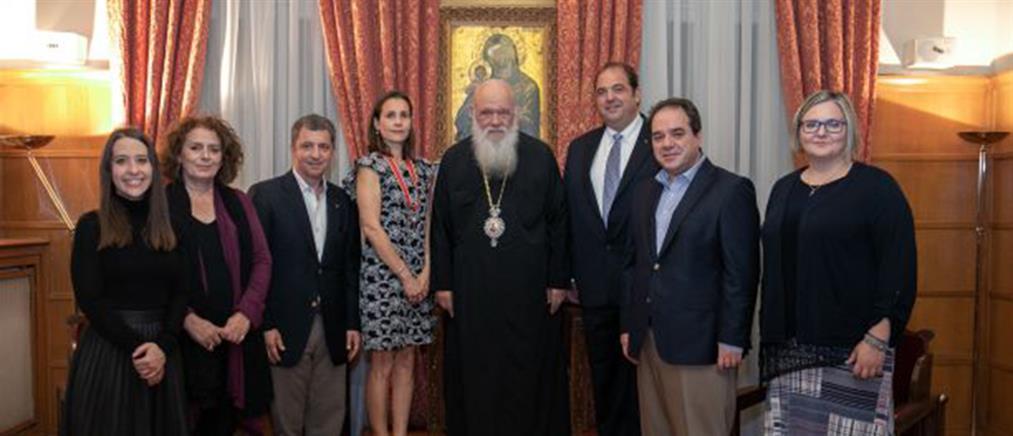 Ο Αρχιεπίσκοπος Ιερώνυμος τίμησε τη μνήμη του ομογενή Ιωάννη Σαντίκου (εικόνες)