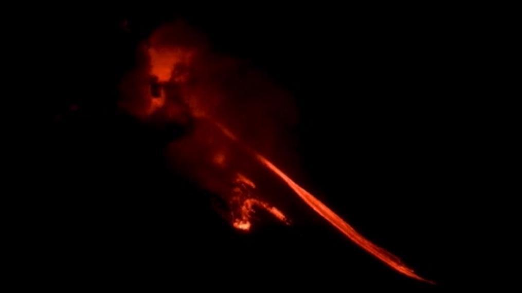 Συνεχίζει τις εκρήξεις το ηφαίστειο Αίτνα