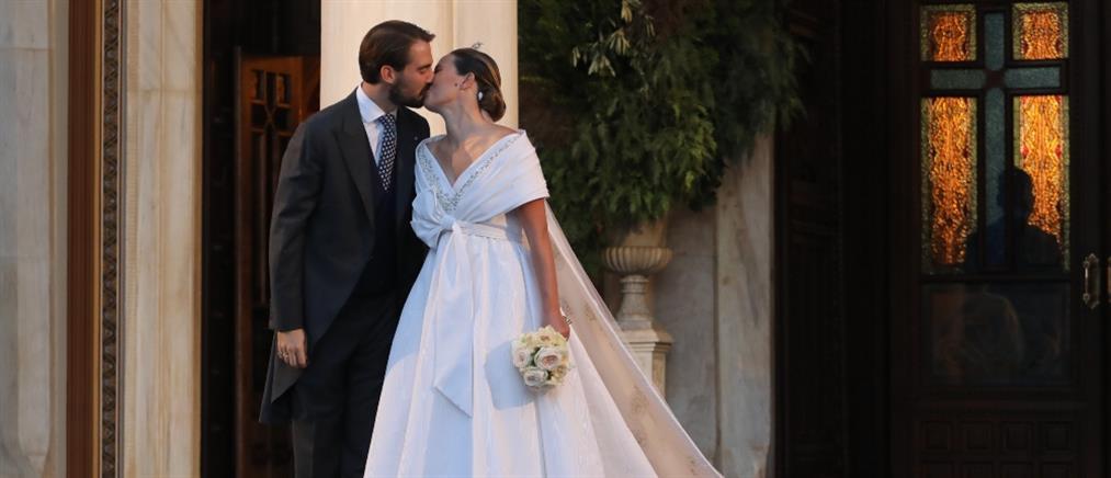 Ο γάμος Φίλιππου – Νίνα Φλορ και οι λαμπεροί καλεσμένοι (εικόνες)