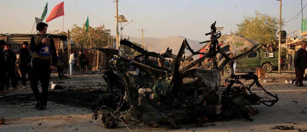 Αιματηρή επίθεση στην Καμπούλ (εικόνες)