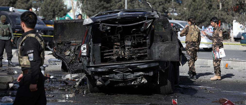 Αφγανιστάν: Νέο λουτρό αίματος από έκρηξη σε λεωφορείο