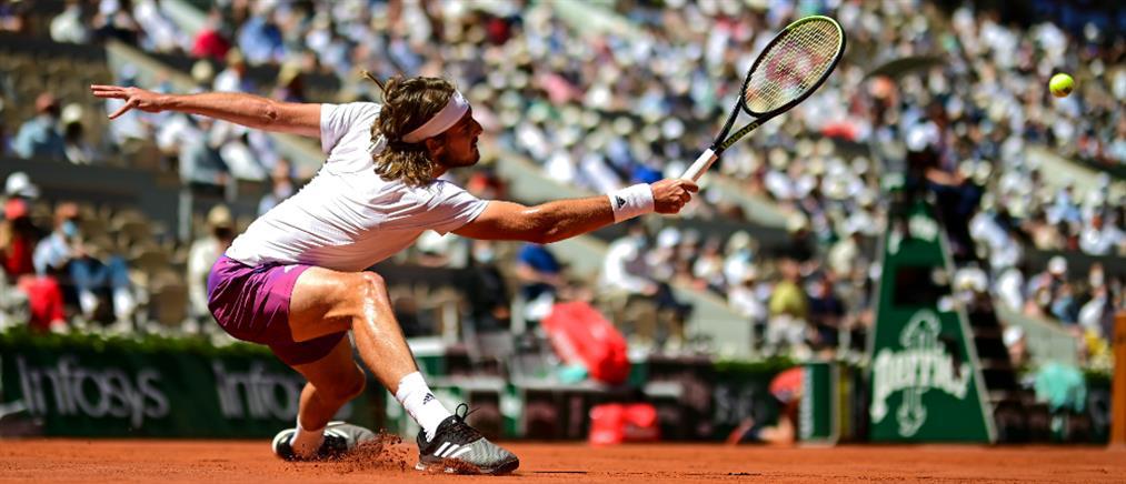"""Roland Garros - Τσιτσιπάς: """"Λύγισε"""" στο 5ο σετ κόντρα στον Τζόκοβιτς"""