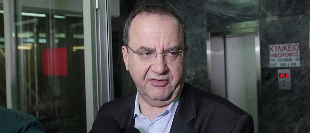 Στρατούλης: Η Λαϊκή Ενότητα θέλει να καταργήσει και τα τρία μνημόνια