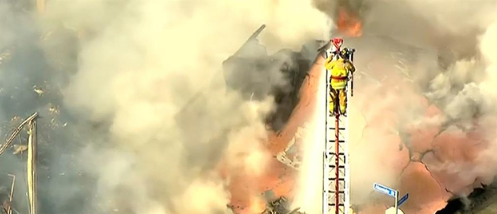 Φοβερές σκηνές από φωτιά στην Καλιφόρνια