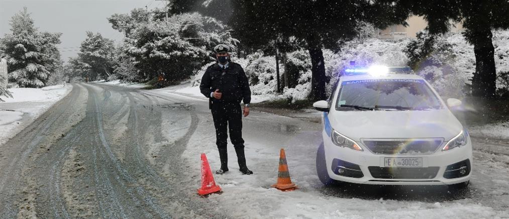 """""""Λέανδρος"""" - Αττική: χιόνια και προβλήματα στην κυκλοφορία (εικόνες)"""