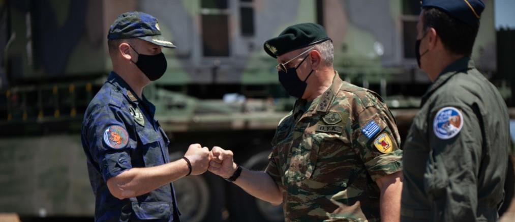 Σκύρος - Αρχηγός ΓΕΕΘΑ: Επίσκεψη στην 135η Σμηναρχία Μάχης (εικόνες)