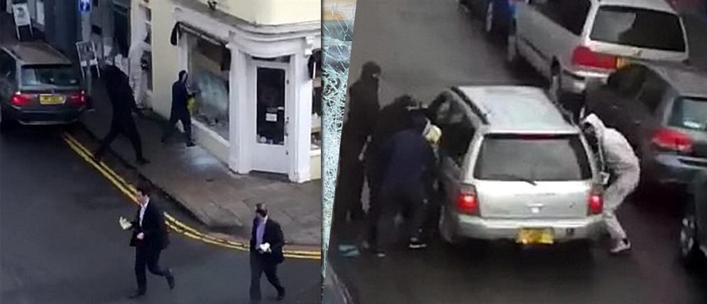 Κουκουλοφόροι έσπασαν βιτρίνα κοσμηματοπωλείου και άρπαξαν Rolex