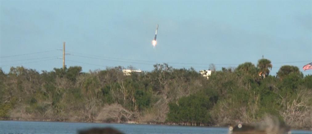 Εκτοξεύτηκε ο γρηγορότερος πύραυλος στον κόσμο μαζί με ένα αυτοκίνητο (βίντεο)