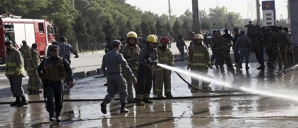Τουρίστες τραυματίστηκαν σε επίθεση με ρουκέτα