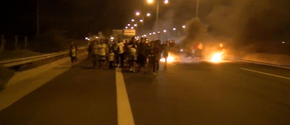 """Fake news"" πυροδότησαν την ""εξέγερση"" Ρομά - Τραυματίστηκαν αστυνομικοί από σκάγια (εικόνες)"