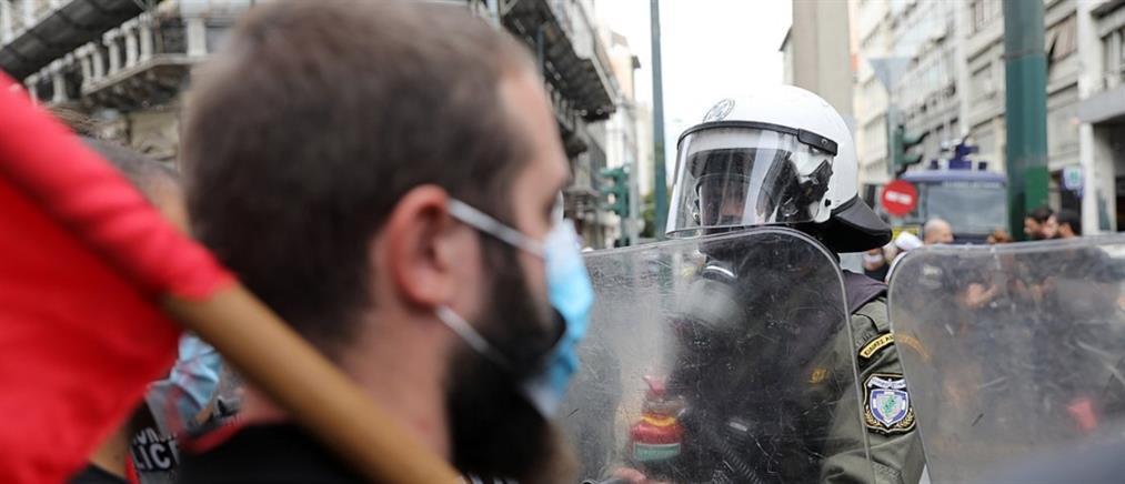 Ομόνοια: Επεισόδια στο αντιφασιστικό συλλαλητήριο (εικόνες)