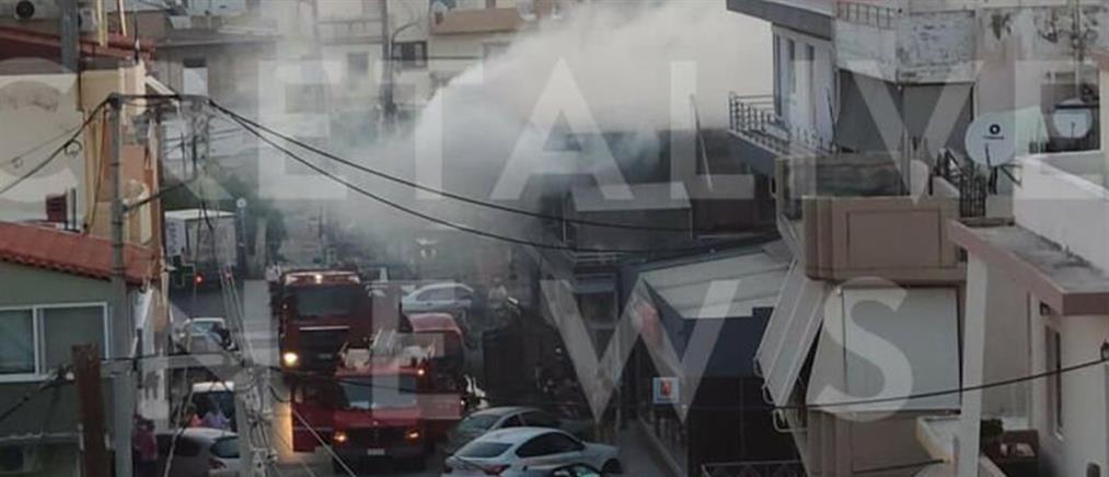 Ηράκλειο: Φωτιά σε διαμέρισμα πυκνοκατοικημένης περιοχής (εικόνες)
