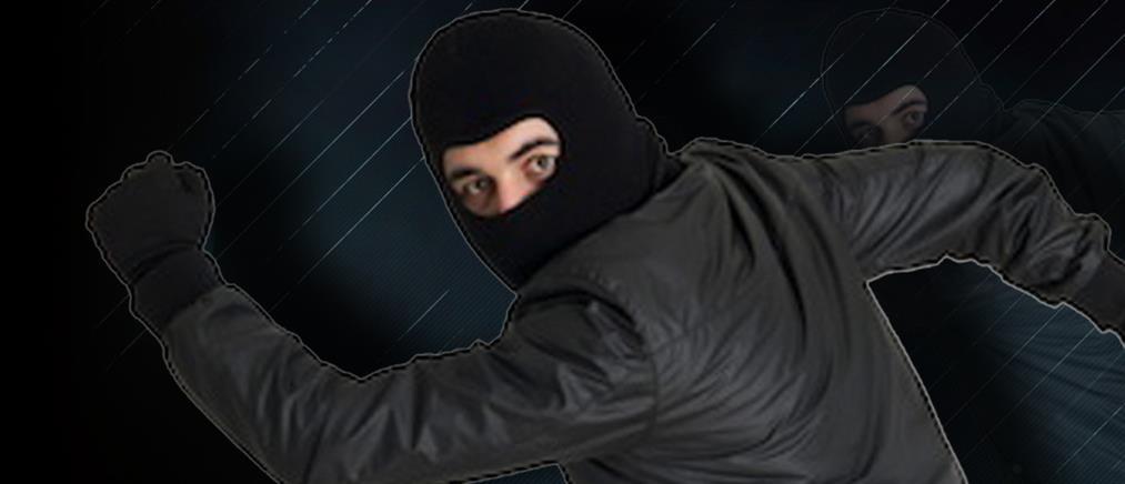 """""""Τσίμπησε"""" τον κλέφτη που πέρασε έξω από το μαγαζί του"""