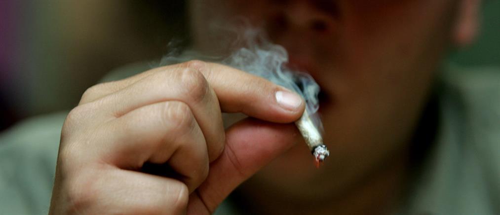 Ανήλικοι κάπνιζαν χασίς σε σχολείο