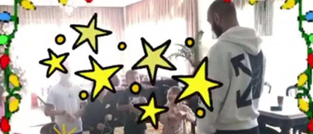 Βασίλης Σπανούλης: Τα πέντε του παιδιά του λένε τα κάλαντα (βίντεο)