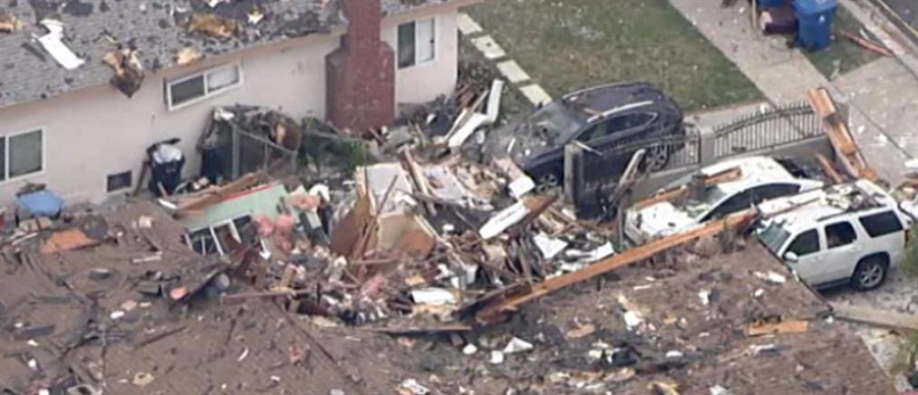 Έκρηξη ισοπέδωσε σπίτι στις ΗΠΑ – Ο ήρωας γείτονας (εικόνες)