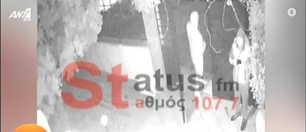 """Ραδιοφωνική παραγωγός περιγράφει την """"επίσκεψη"""" που δέχτηκε από διαρρήκτες (βίντεο)"""