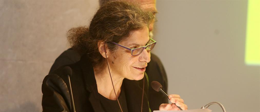 Μαργαρίτα Θεοδωράκη: μάλλον δε θα πάω στο μνημόσυνο του πατέρα μου