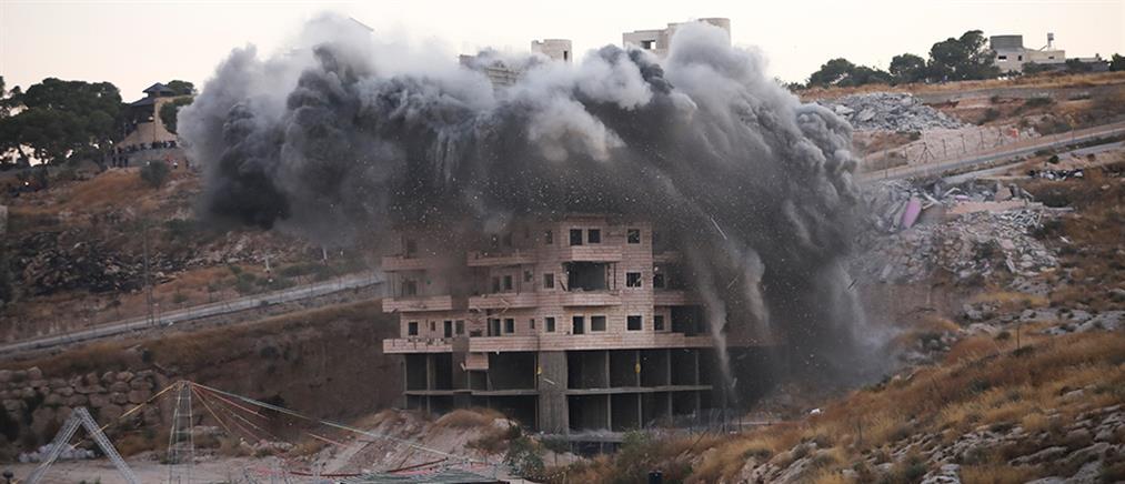 Το Ισραήλ κατεδάφισε σπίτια Παλαιστίνιων στην Δυτική Όχθη (βίντεο)