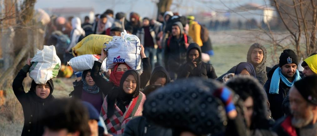 Τούρκος υφυπουργός Εξωτερικών: Οι Έλληνες πυροβολούν τους πρόσφυγες